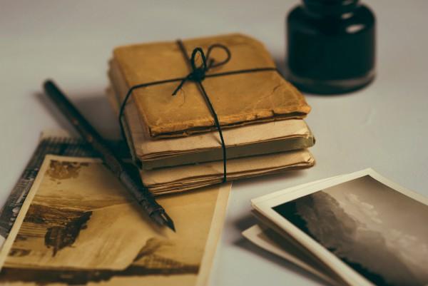 Equipo antiguo de escritura